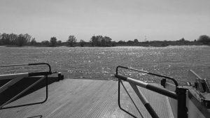 Den første gang på den anden side: Performativ bådtur med Mette Kit Jensen