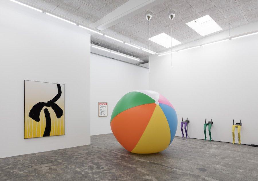 Galleri Nicolai Wallner følger deres kunstnere hele vejen
