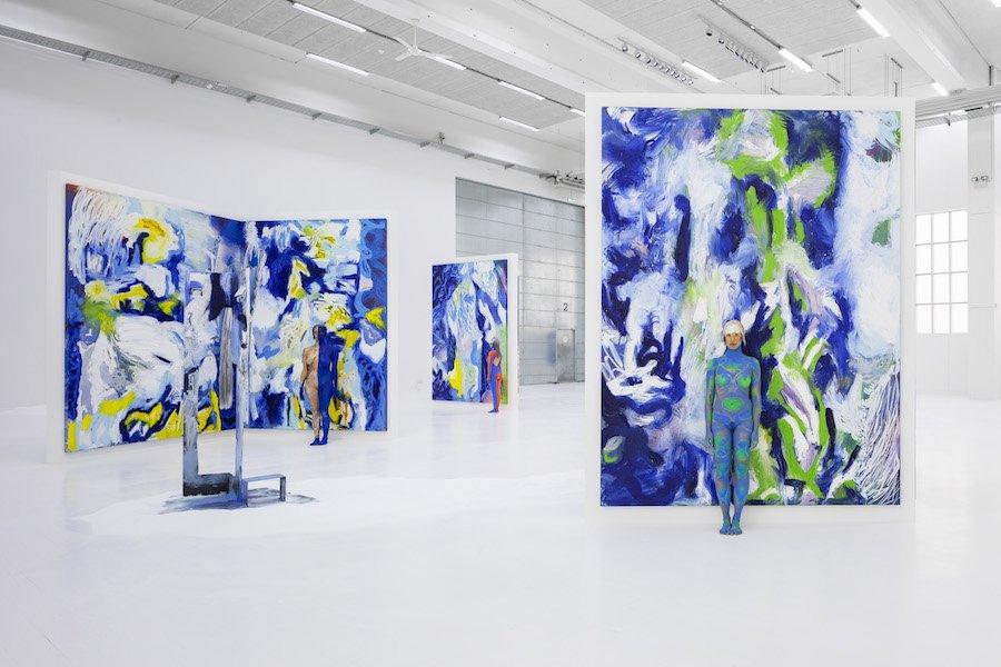 Donna Huanca: <em>Lengua Llorona</em>, 2019. Udstillingsview Copenhagen Contemporary. Foto: Anders Sune Berg