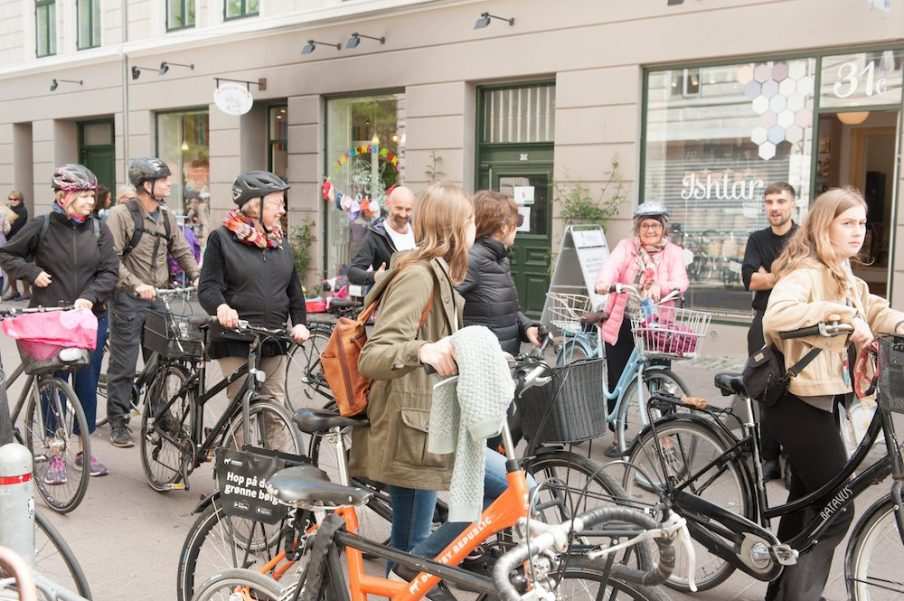 Guided bicycle tour to exhibition sites around around Nørrebro. Photo: Christian Brems