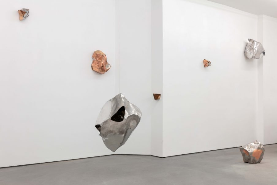 Amalie Jakobsen, Orbital Harvest, 2021. Future Gallery, Berlin, 2021. Foto: Andrea Rosetti